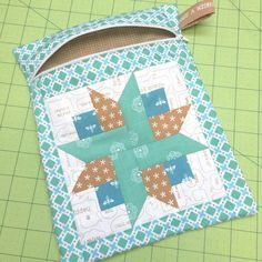 Bee In My Bonnet: Farm Girl Friday - Week 20 - Quilty Zip Pocket Tutorial!!!