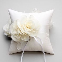 Ring pillow flower ring pillow bridal ring pillow  by woomeepyo