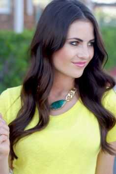 Rachel of Pink Peonies  Oia Jules Green Agate and Gold Chunky Chain Necklace  oiajules.com