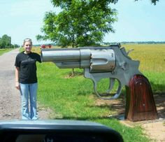 Now THAT is a Mailbox with a statement! Could possibly deter burgleries.lol