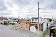 Roof and Rectangular House uses a loophole in Japanese building code to create a safe and comfortable abode that is well equipped for winters in Hokkaido