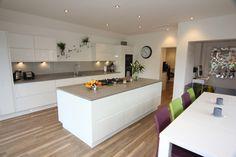 White Gloss Kitchen, Droitwich - Diamond Kitchens Driotwich