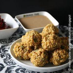 Falafel-Bällchen mit zweierlei Dips