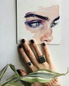 have you ever gotten a henna? ������ #theme #aesthetic #aesthetics #painting #paint #draw #drawing #eyes #face #henna #art #freckles http://butimag.com/ipost/1569036214643181429/?code=BXGVh_Fh8d1