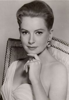 Deborah Kerr ~ - born Deborah Jane Kerr-Trimmer in Helensburg, Scotland, UK was a Scottish-born film theater and television actress. Cause of death, complications from Parkinson's disease. Hollywood Stars, Hooray For Hollywood, Hollywood Icons, Old Hollywood Glamour, Golden Age Of Hollywood, Vintage Hollywood, Hollywood Actresses, Classic Hollywood, Actors & Actresses
