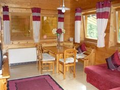 2 Bedroom Chalet in Filzmoos to rent from pw. With balcony/terrace, TV and DVD. Mountain View, Balcony, Terrace, Cabin, Bedroom, Tv, Furniture, Home Decor, Decoration Home