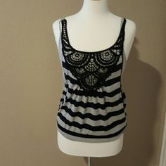 Summer top This is such a cute top Tops Tank Tops