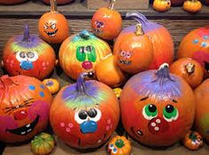 With some simple painting skills you can create evil or fun looking painted pumpkin faces for Halloween. Halloween Pumpkins, Halloween Crafts, Holiday Crafts, Happy Halloween, Halloween 2018, Pumpkin Face Paint, Pumpkin Painting, Pumpkin Coloring Pages, Pumpkin Images