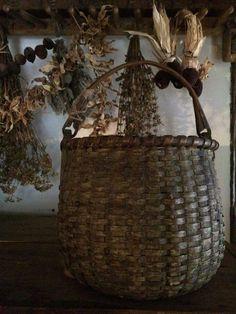 Baskets for the Primitive Home Old Baskets, Vintage Baskets, Wicker Baskets, Woven Baskets, Picnic Baskets, Old Wicker, Painted Baskets, Nantucket Baskets, Bamboo Basket
