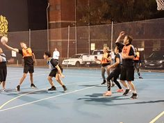 If you wonder how many players on a netball team are, watch the games and learn a few tips. Check this- http://www.melbournenetball.com/Melbourne-Netball-Blog/how-many-players-on-a-netball-team-should-there-be
