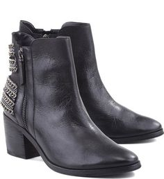 Back Chains Boot Black