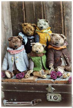 Bears by Elia Volkova