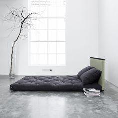 Tr s contemporain ce canap lit futon tire son for Canape japonais