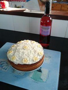 Home made Lemon and vanilla birthday cake yummy♥♡