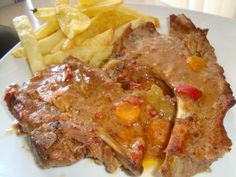 Πεντανόστιμο φαγητό, γρήγορο και οι μπριζόλες ζουμερές και μαλακές Greek Recipes, Meatloaf, Lasagna, Kai, Recipies, Pork, Food And Drink, Beef, Ethnic Recipes