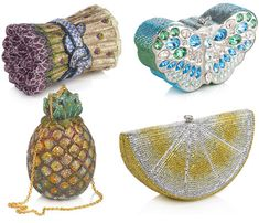 Judith Leiber (born Judith Peto January 1921 in Budapest, Hungary) is a designer of luxury handbags. Unique Handbags, Unique Purses, Purses And Handbags, Unique Bags, Judith Leiber, Girly, Vintage Purses, Vintage Hats, Beaded Purses