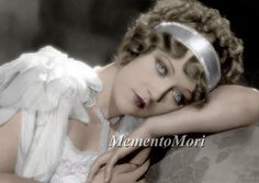 Marion Davies in Show People directed by King Vidor, 1928 Old Hollywood Glamour, Vintage Glamour, Classic Hollywood, Hollywood Icons, Hollywood Actresses, Silent Film Stars, Movie Stars, Marion Davies, 1920s Hair