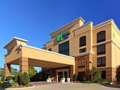 Hotel Accommodations for Guests Category: Holiday Inn Express & Suites Tyler South 2421 E SE Loop 323 Tyler 75701