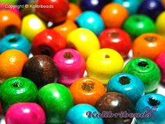 100x Round Wooden Beads 8 mm  Mixed Colours by KolibriBeadSupplies, €0.85