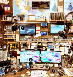 This Guy Has the Most OCD-Lightful Office You'll Ever See