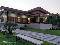Modern one-story house style . - House Plans, Home Plan Designs, Floor Plans and Blueprints Modern Bungalow House Design, Modern Small House Design, Cool House Designs, Asian House, Thai House, New Model House, Design Youtube, Flat Roof House, Style Loft