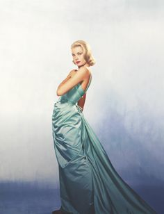 Grace Kelly, 1955 | dress by Edith Head