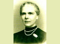 Elisa Leonida Zamfirescu (n. 10 noiembrie 1887, Galați - d. 25 noiembrie 1973, București) a fost o ingineră și inventatoare din România. A membră a Asociației Generale a Inginerilor din România și membră a Asociației Internaționale a Femeilor Universitare, unanim recunoscută drept prima femeie inginer din lume. Compania 3M, care implineste 15 ani de prezenta in Romania, isi propune sa depuna un efort constant pentru a promova inovatia romaneasca.