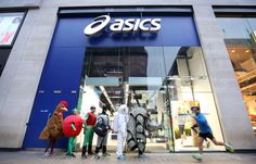 "http://www.runningisfunny.com/2013/03/20/asics-tests-rhinos-gait-no-charge/ ASICS Tests Rhino's Gait – No Charge ""...No one embraces 26.2 in fancy dress like the Brits. The practice is so prevalent that ASICS' flagship store in Westminster decided to see how much of an additional chore it was to run a marathon in full costume. It recruited Vincent O'Neill, who is poised to run the race dressed in a 25 lb. rhino outfit for the charity Save the Rhino..."""