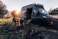 The Sunlight Cliff Adventure Van is a motorhome that capable of taking people anywhere for enjoying their sports or camping. Petit Camping Car, Truck Camping, Van Camping, Camping Hacks, Toyota 4runner, Toyota Tacoma, Adventure Car, Triumph Motorcycles, Peterbilt