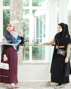 Skirt pleated outfits modest fashion ideas for 2019 Casual Chic, Casual Hijab Outfit, Hijab Chic, Casual Dresses, Muslim Fashion, Modest Fashion, Hijab Fashion, Fashion Outfits, Womens Fashion