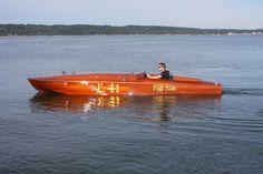 Van Dam Boats