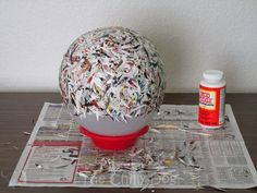The Chilly Dog: Craft Challenge Tutorial: Paper Bowl Recycled Paper Crafts, Paper Mache Crafts, Diy Projects To Try, Craft Projects, Craft Ideas, Magazine Bowl, Magazine Art, Craft Websites, Rolled Paper Art