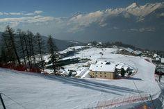 in mezzo alle piste da sci