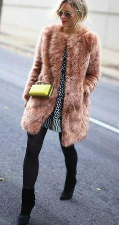 169870131e35 23 Chic Ways to Wear Faux Fur Coats