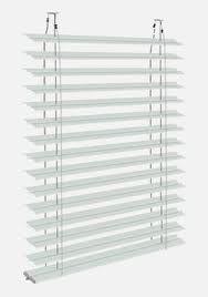 Lamellenstoren bieten robusten Sonnenschutz für die individuelle Lichtgestaltung von aussen. Hier Lamellenstoren finden und dabei richtig viel Geld sparen! #Lamellenstoren