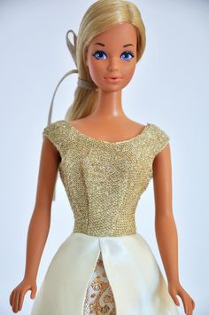Barbie's best friend P. was introduced in 1969 as New 'n Groovy Talking P. I'm Barbie's best friend P. Malibu Barbie, Vintage Barbie Dolls, New Hair, Hairstyle, Friends, Fashion Dolls, Beauty, Dresses, Sun