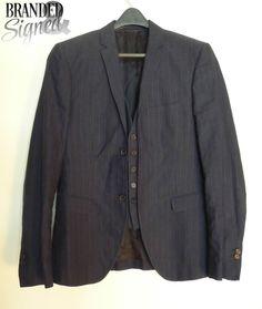 Neil BARRETT Suit Jacket Blazer 36 Reg w/ Vest Men s Blue pinstriped size MEDIUM Blazer Jacket, Vest, Office Wear, Dress To Impress, How To Wear, Jackets, Fashion, Down Jackets, Moda