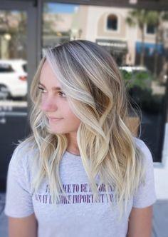 Natural Sunkissed blonde ✨ #balayage #hairbykimjette #balayagehighlights #balayageombre #blonde #blondebalayage #bestbalayageorlando #bestsalonorlando #orlandohairstylist #balayageorlando #winterparkstylist #besthairorlando #orlandohair #hairgoals #beachwaves #orlando #winterpark