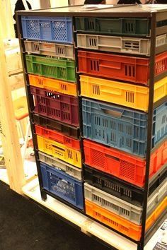 Rangement caisses en plastique Mark van der Gronden