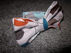 Little Boy Bow Tie #Sewing #Tutorial #Craft