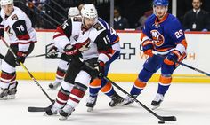 "Richardson will take early points, but they don't define his game = NEW YORK — Brad Richardson jokes that his presence near the top of the Coyotes' scoring leaders is more problematic than promising, but the truth, captain Shane Doan said, is there is more than meets the eye with Richardson.  ""He's got....."