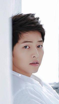 Song Joong Ki cuteness overload ❤️❤️❤️