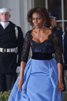 The Michelle Obama Look Book Barrack And Michelle, Michelle And Barack Obama, Samantha Cameron, Barack Obama Family, Michelle Obama Fashion, Celebs, Celebrities, Highlights, How To Wear