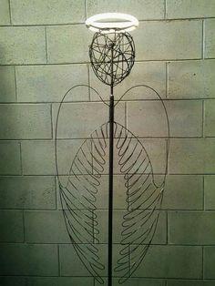 Lampada da terra ha 200cm in ferro modellata manualmente con finitura trasparente
