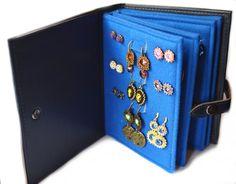 Jewellery Storage, Jewellery Display, Jewelry Organization, Diy Earring Holder, Jewelry Holder, Jewelry Case, Cute Jewelry, Earing Organizer, Jewelry Box Plans