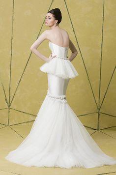 ♡ Inspiration for Bridal shoots and bridal fashion shoots with Adagio Images: www.adagio-images... and www.facebook.com/... | #bridal #whitedress #bridalinspiration ♡ Badgley Mischka, 2014