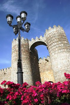 Welcome to Avila The Places Youll Go, Places To Visit, Site History, Southern Europe, Light Of The World, Spain And Portugal, Travel Memories, Portuguese, Iberian Peninsula