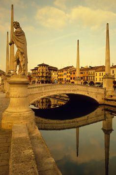 Canal, Prato della Valle, Padua, Italy