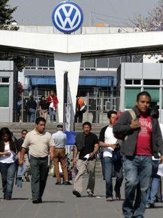Mexico's $26B auto boom sags http://detne.ws/1trmX1Y
