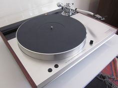 Luxman is such a beautiful looking turntable,and sounds great to.Have several different models in my collection.